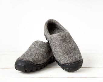 READY to SHIP size EU 42/ Us women's 10 Wool shoes in dark grey wool with rugged soles  - Handmade Mens Shoes -