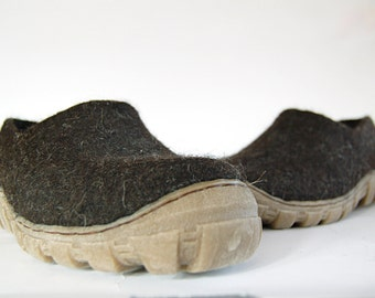 Mens felted shoes from natural dark brown wool