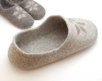Pets bed - Cat bed - cat cave - cat house - eco-friendly handmade felted wool cat bed - natural gray with natural decor - made to order