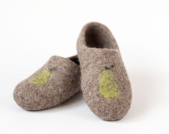 Children slippers personalized - Children felted organic wool clogs - felted kids slippers - eco-friendly children slippers