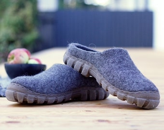 READY to SHIP Mens stepin shoes in gray natural wool in size EU 41 / us mens 8