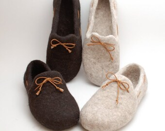 Felt slipper loafers set of 2 pairs - handmade natural organic wool slippers - eco wedding gift