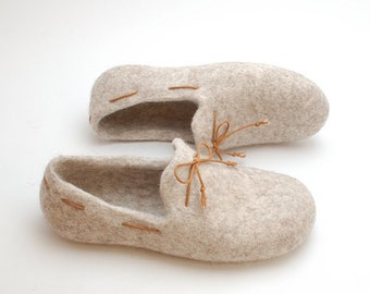 Beige felted loafers - Felted slippers Woman home shoes Traditional felt slippers Women wool shoes Natural felt Handmade felt