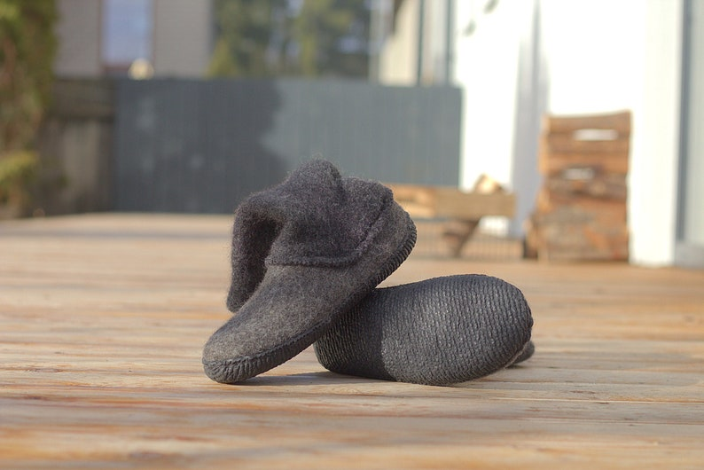 Crepe rubber for your custom made boots shoemaking supplies Black