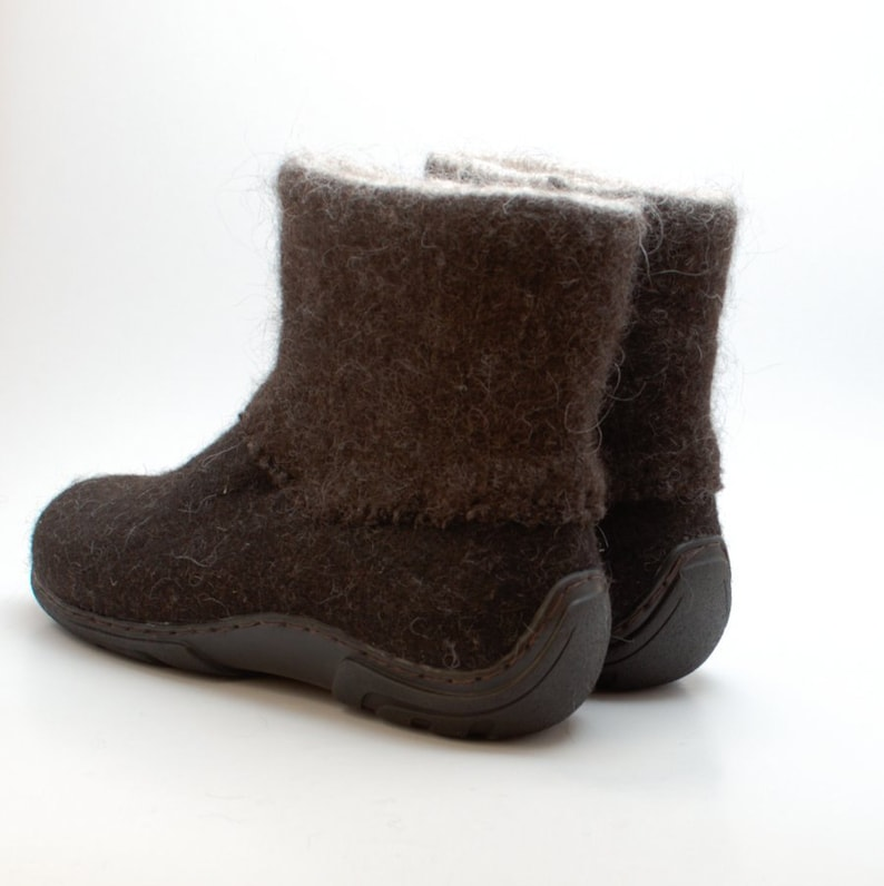 a4d58e692b1ea Handmade Winter Mens boots in brown - shoes for men - boots for men - Felt  Shoes - Ankle Boots - wool shoes