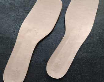 Insoles with shanks for shoemaking in womens sizes, Perepons cardboard and metal shank