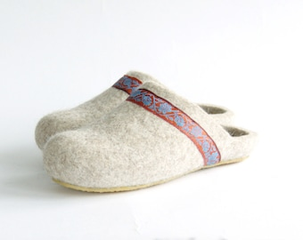 Handmade eco friendly felted slippers from natural wool - beige with orange decor - wool slippers - woman house shoes - womens slippers
