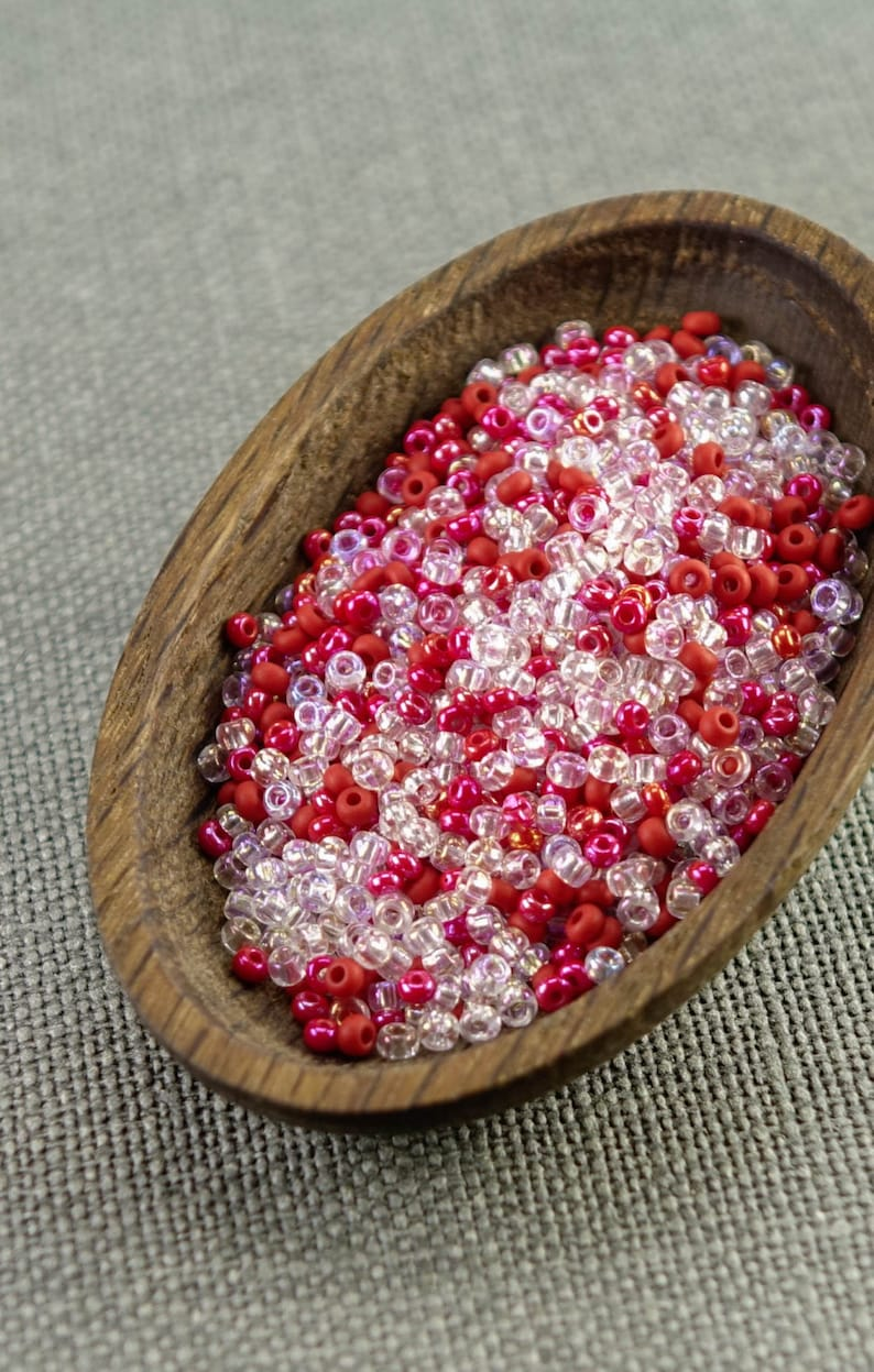 20g Czech seed beads Mixed red white seed beads MIX-3 Czech rocailles Seed bead soup 90 seed beads