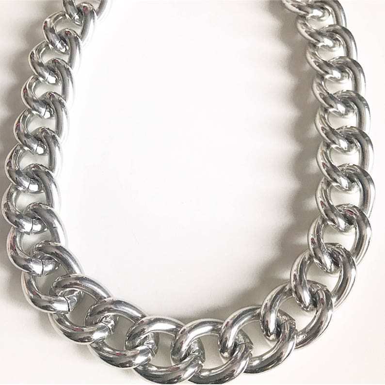 2764ccb17ff9 Glossy silver chunky links necklace Extra Large Silver Chunky
