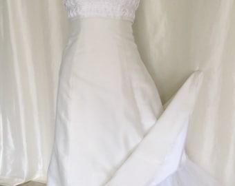 fbfd81005564 Vintage 70s bridal gown wedding dress, white, sleeveless halter top, crinoline  slip, macrame, empire waist, size xs s