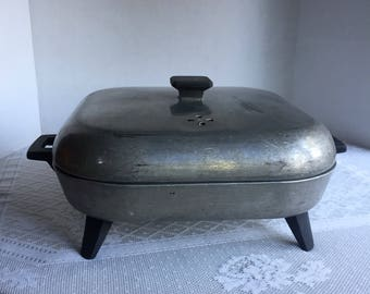Aluminum Electric Skillet / Vintage Sunbeam Electric Pan With Lid / Works