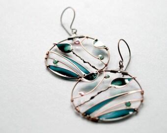 Dark green leaf earrings, spring jewelry, bronze hoops, nature jewellery, wire wrapped