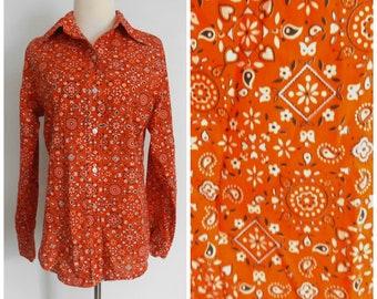 Vintage 1970s Red Paisley Bandana Print Secretary Blouse by Cricket Lane  70s Long Sleeve Pussy Bow Shirt  Large