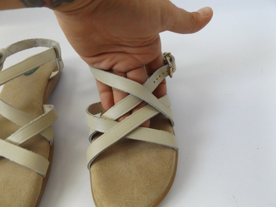 8 hipster almond toe leather shoes boho size sundress 80s summer hippie dress sandals vintage open 1980s strappy leather bass hippy color qHtzAA
