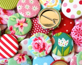 Pack of Floral And Patterned Fabric Badges/ Pin Badges/ Pinback buttons, great as stocking fillers, crackers gifts and party bag fillers
