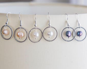 Dainty pearl earrings, peach, white, black pearls in circle, small pearl earrings, bridesmaids gift earrings, dainty gift for her