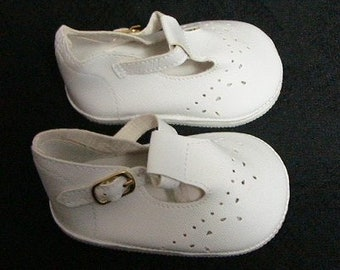 Baby  Mary Jane Doll Shoes 93mm.  The Color is White