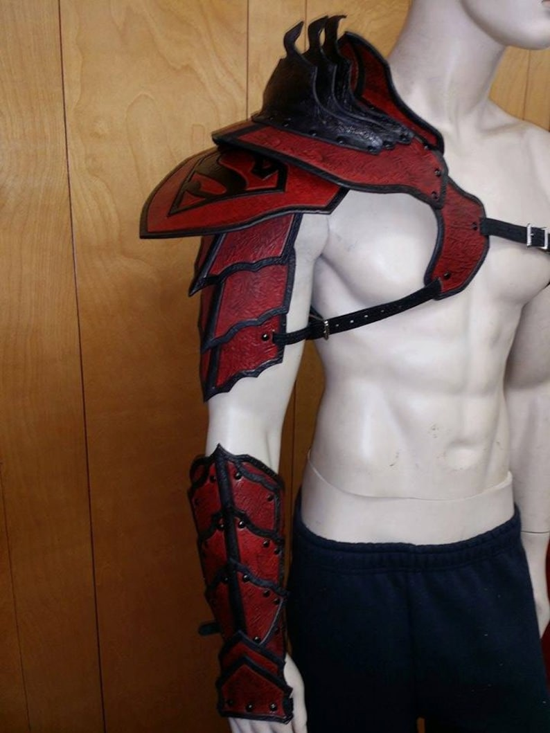 Leather Armor Barbarian Full Arm with graphic image 0