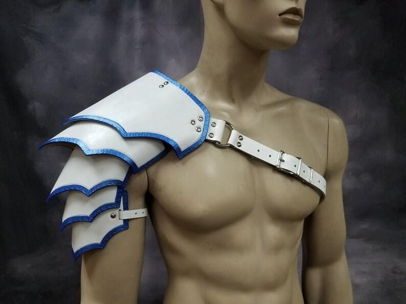 Leather Armor Sentinel 2 segmented shoulder image 0