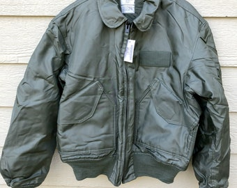 eedb909a989a New US Air Force USAF Sage Green Nomex Fire Resistant Cold Weather Flyers  Men s Jacket CWU-45 P - Large