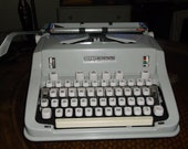 Mint Condition 1960S HERMES 3000 MANUEL TYPEWRITER With Instruction Manual Key Lock And Cleaning Brushes