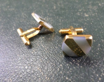 French Vintage Mother of Pearl Cufflinks Buttons z15