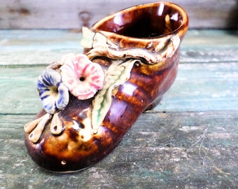 Vintage French Barbotine Handpainted Faience Shoe t607