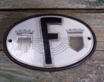 Vintage French Plastic car F sign for France 60s-70s s587