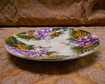 Antique French Majolica / Barbotine Grapes Dessert Plate s037