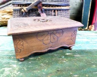 Vintage French Breton Carved Wood Jewelry / Trinket Box a717