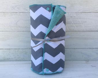 Unpaper towels, reusable paper towels, cloth paper towels, snapping paper towels  - Gray and White Chevron // gift // kitchen //Eco Friendly