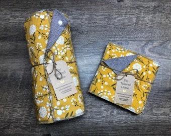 Un Reusable Paper less Towels - WOODLAND COTTON //reusable paper towels, with snaps, cloth paper towels, snapping paper towels