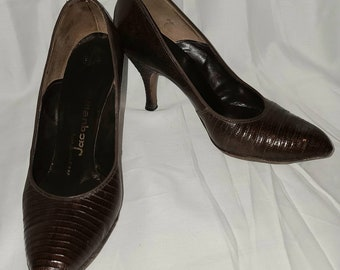 Vintage 1950s Pumps Brown Snakeskin Lizard or Leather Heels Styled by Jacqueline Rockabilly 5 1/2 M