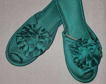 Unworn Vintage Slippers 1960s Teal Green Soft Nylon Rosette Bedroom Slippers Rockabilly Pinup L 8.5 9