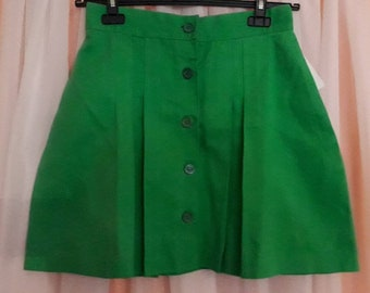Unworn Vintage Miniskirt 1970s Short Green Pleated Cotton Skirt Round Buttons Down Front German Mod Boho M waist to 29 in.