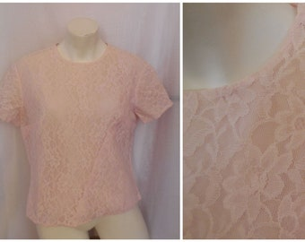 SALE Vintage 1950s 60s Blouse Pink Floral Pattern Lace Back Button Blouse German Rockabilly  L chest to 41 in as is
