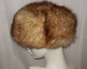 0931761d885 SALE Vintage Fur Hat 1960s 70s Fluffy Possum Fur Hat Bubble Hat Pouf Hat  Cream Brown Apres Ski Hat Mod Boho Fur Hat 22 in 56 cm
