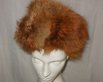 SALE Vintage Fur Hat 1960s 70s Red Fox Fur Fluffy Round Pouf Hat  Mod Apres Ski Boho  21.5 inches