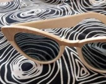 Vintage  1950s Sunglasses White Cream Cat Eye Glasses Gold Trim Semi Dark Lenses USA Rockabilly