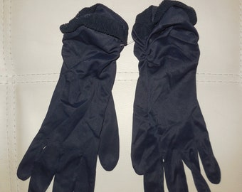 Vintage Gloves 1950s Dark Navy Blue Nylon Plissee Gloves Midlength Hansen Dunkelblau Perlon Handschuhe Rockabilly Pinup 7 1/2