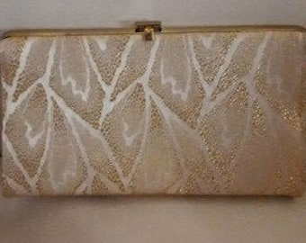 Vintage 1950s 60s Purse Small Gold Silver Metallic Evening Bag Clutch with Chain Handle Abstract Leaf Pattern USA Rockabilly Mod 8 x 5 in.
