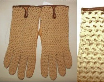Vintage Leather Gloves 1960s Woven Driving Gloves Tan Leather Backs Rockabilly Mod sz 7 3/4