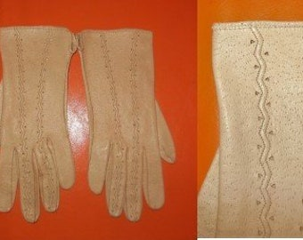 Vintage Leather Gloves 1950s Beige Tan Peccary Pigskin Leather Gloves Boho Rockabilly sz 7 1/4