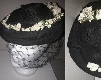 Vintage 1930s 40s Hat Round Fine Black Straw Faille Bumper Hat Flowers Veil Phipps Tailored Hats Art Deco Rockabilly 21 in.