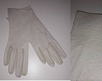 Vintage Pigskin Gloves Light Cream Beige Gauntlet Style Pig Leather Gloves USA Rockabilly Boho 7 7 1/2 8