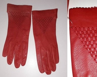 Vintage Leather Gloves 1950s 60s Thin Bright Lipstick Red Leather Gloves Open Weave Triangle Pattern Elegant Rockabilly Fine Leather 6 1/2 7