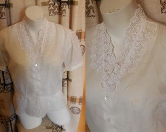 Vintage 1950s Blouse Sheer White Nylon Top Lace Collar Rockabilly Pinup L chest to 40 in.