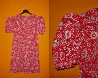 SALE Vintage 1960s 70s Dress Red White Floral Print Cotton Minidress Puffed Sleeves East German Boho Festival S chest to 36 in.
