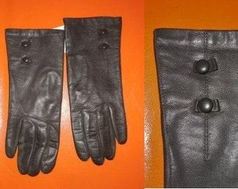 Vintage Leather Gloves 1950s 60s Dark Hunter Green Leather Gloves Lining Round Button Details Above Wrist Elegant Boho Rockabilly sz 7