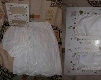 DEADSTOCK Vintage Slip Panty Set 1950s Heart Embroidery White Nylon Half Slip and Panties Unworn in Box Greenco Maid USA Rockabilly 6 M b